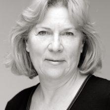 Lianne-Portrait-sh-2-red-9.4.11-square